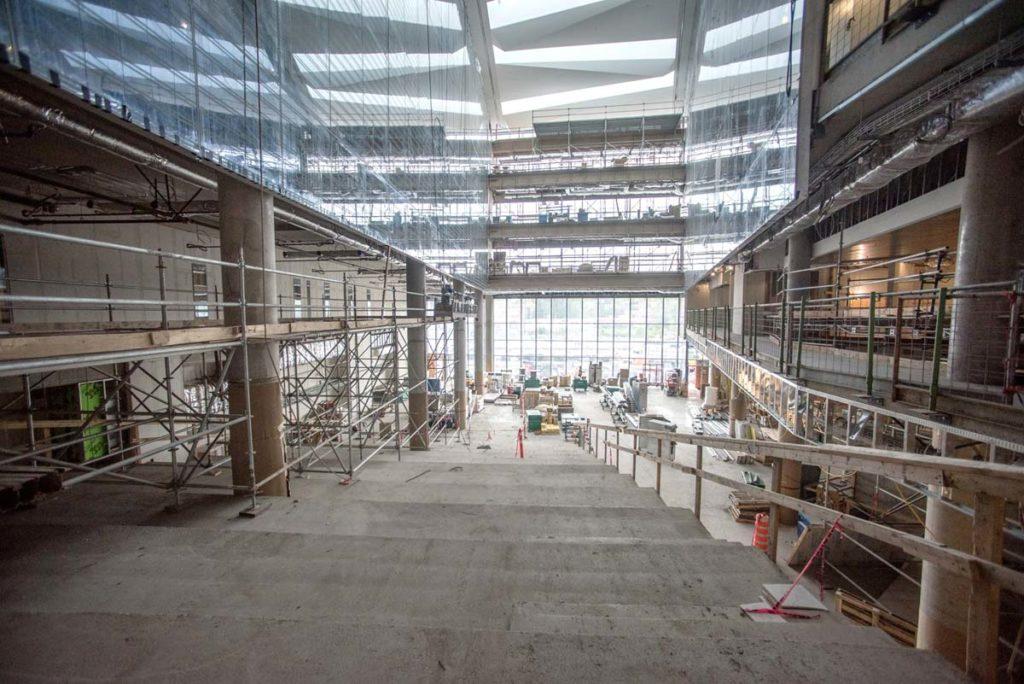 L'agora en construction. Photo : Elvis Branchini